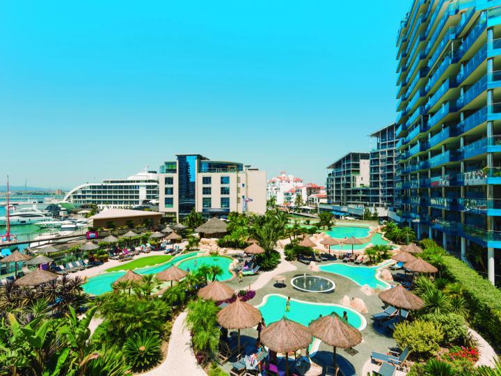 Royal Ocean Plaza